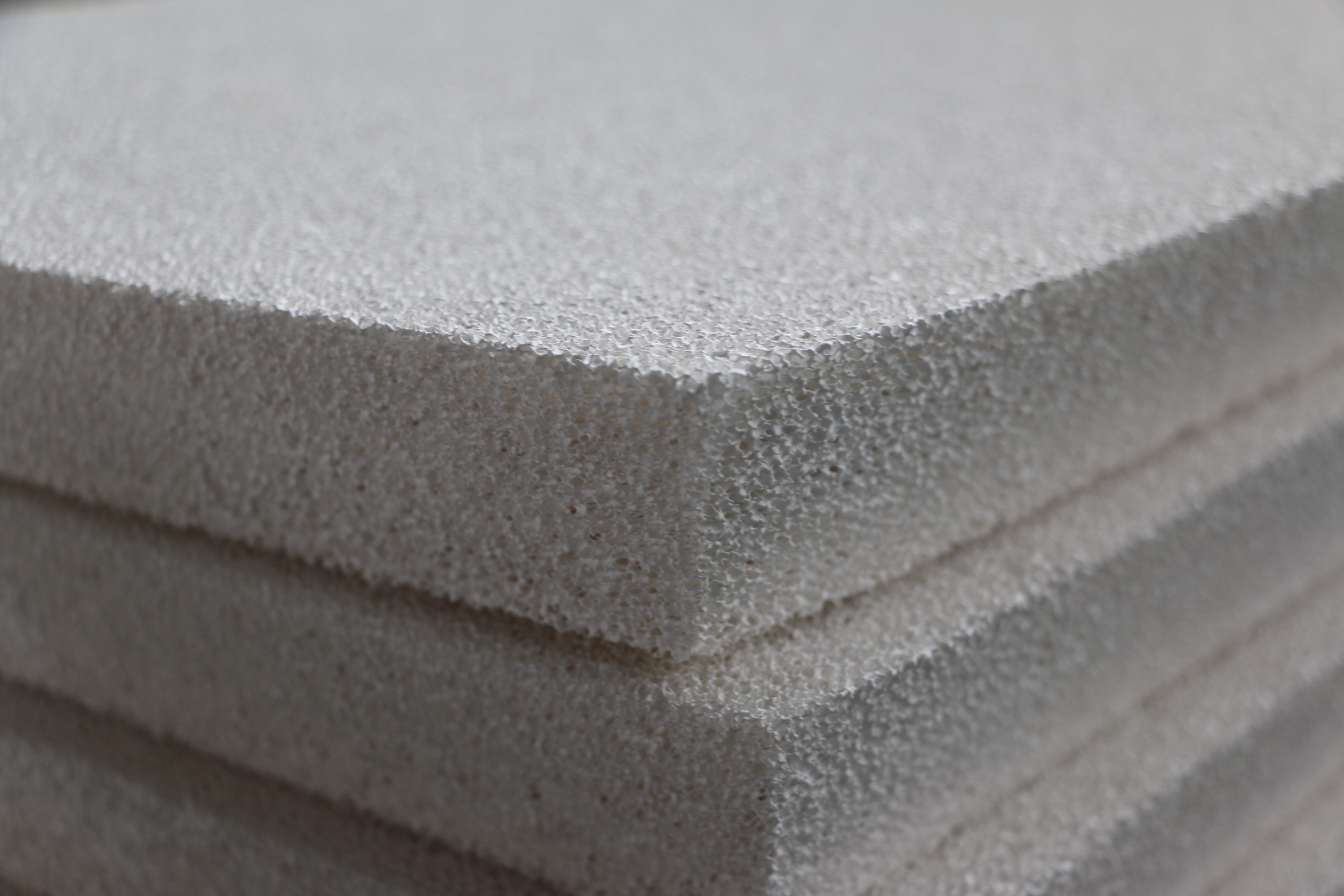 The usage of ceramic filter plates
